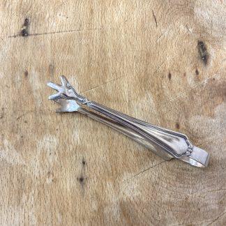 pince-sucre-metal-argente-filets-1