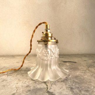 lampe baladeuse, tulipe en verre Art Déco juponnée