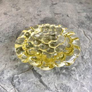 Cendrier en cristal champagne, motif nid d'abeilles, signé Pierre d'Avesn