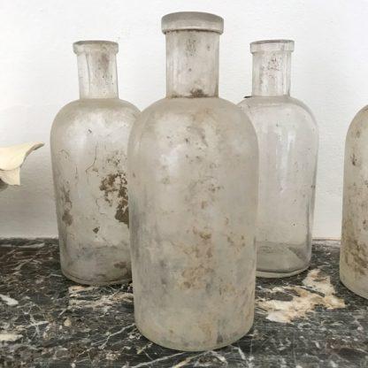 Flacons à pharmacie ou d'apothicaire en verre transparent