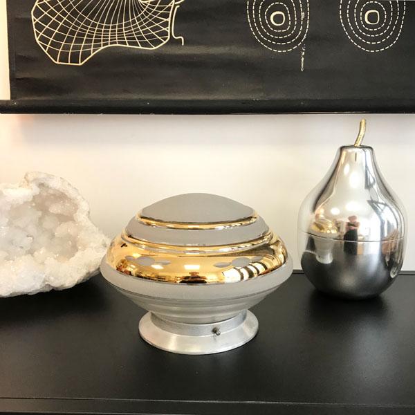 lampe globe dor e en verre brocante et d co chic. Black Bedroom Furniture Sets. Home Design Ideas