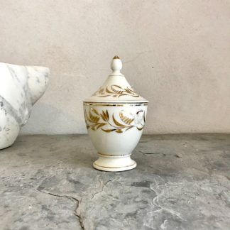 petit-pot-sucrier-porcelaine-paris-or-1
