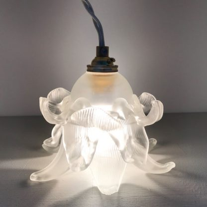 Lampe tulipe fleur en verre Art Déco