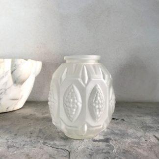 vase-art-deco-verre-depoli-3