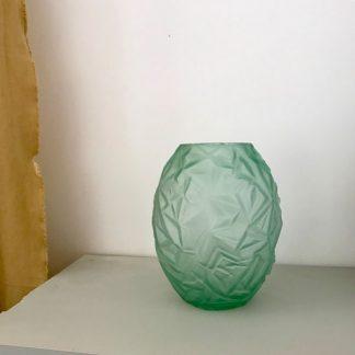 vase-art-deco-vert-verre-froise-1