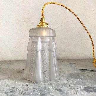 lampe-baladeuse-art-deco-drape-fleurs-2