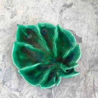 plat-feuille-vert-ceramique-1