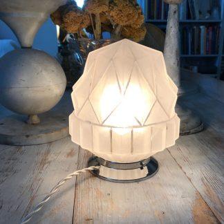 lampe-globe-sckyscraper-art-deco-2