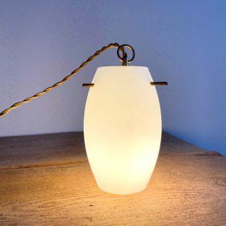 lampe-baladeuse-tulipe-opaline-laiton-dore-4