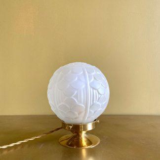 lampe-globe-art-deco-ecailles-1