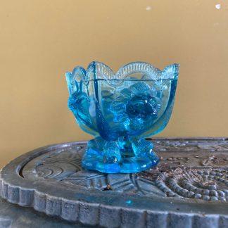 coupe-verre-bleu-tete-lion-bouc-1